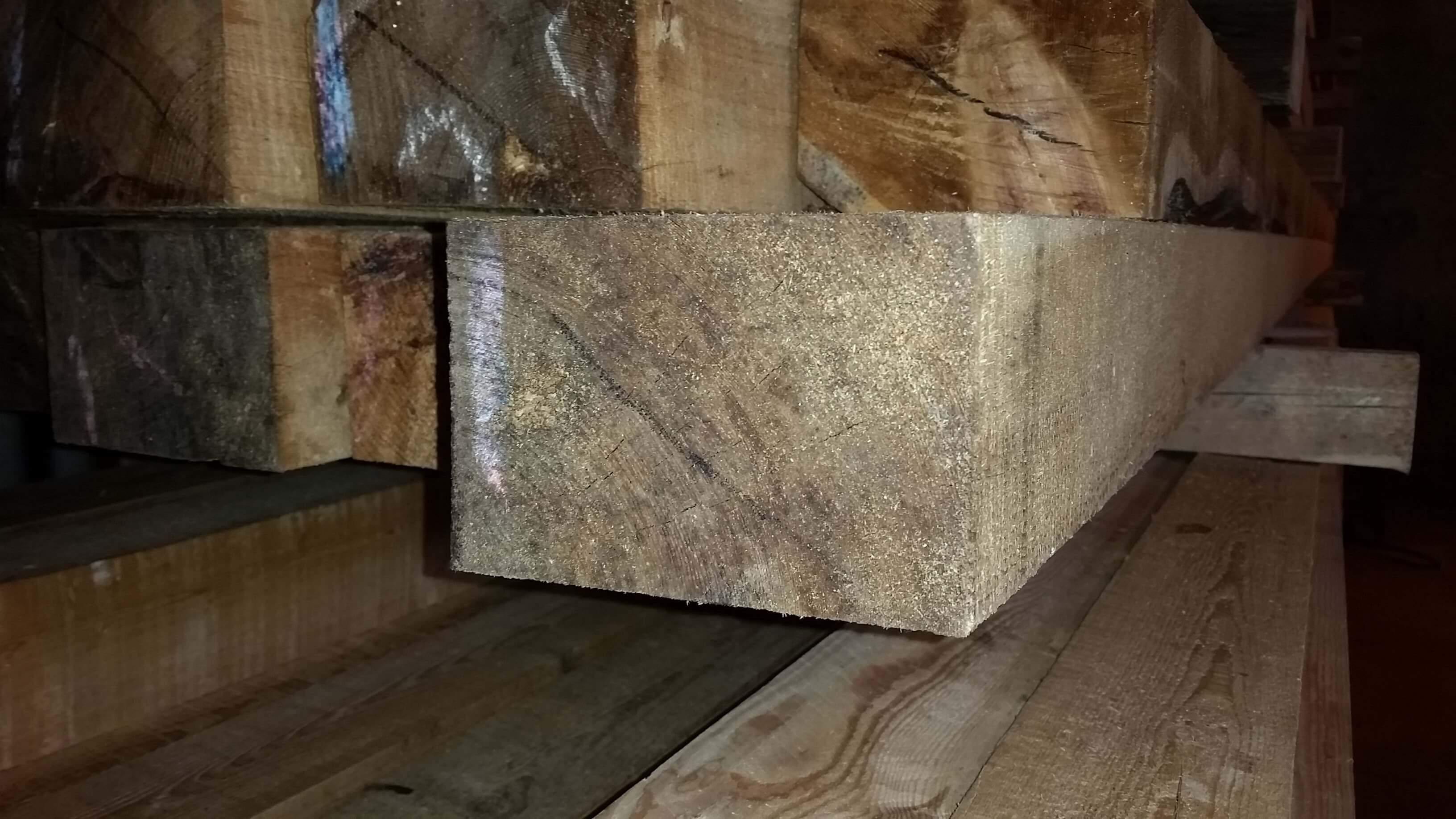 Dřevěný trám 100 x 150 mm