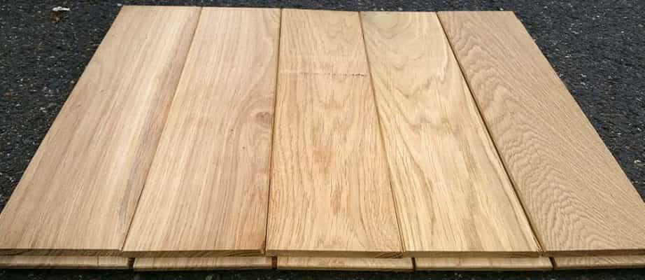 Podlaha z masivu dubu 20mm x 136mm x 0.5m - 0.9m